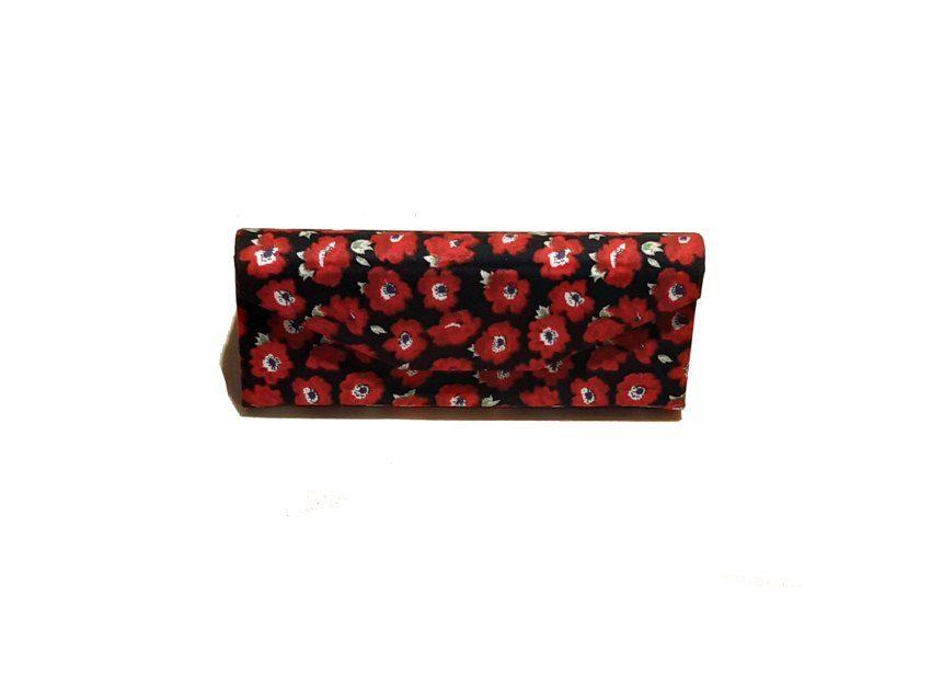 Red flowers zero waste glasses case Kind Shop 4
