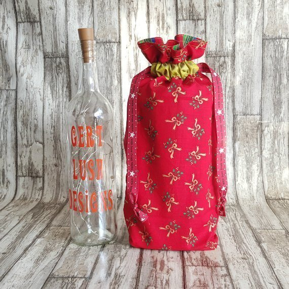 Red And Gold Bows Eco-Friendly Fully Lined Reusable Christmas Gift Bag Kind Shop 2