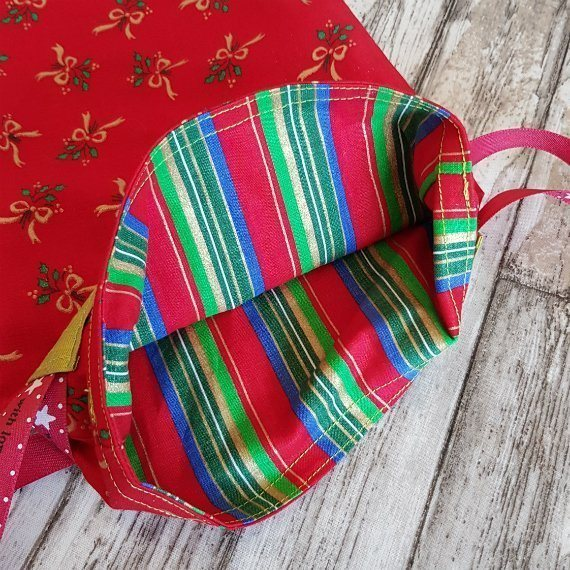 Red And Gold Bows Eco-Friendly Fully Lined Reusable Christmas Gift Bag Kind Shop 8