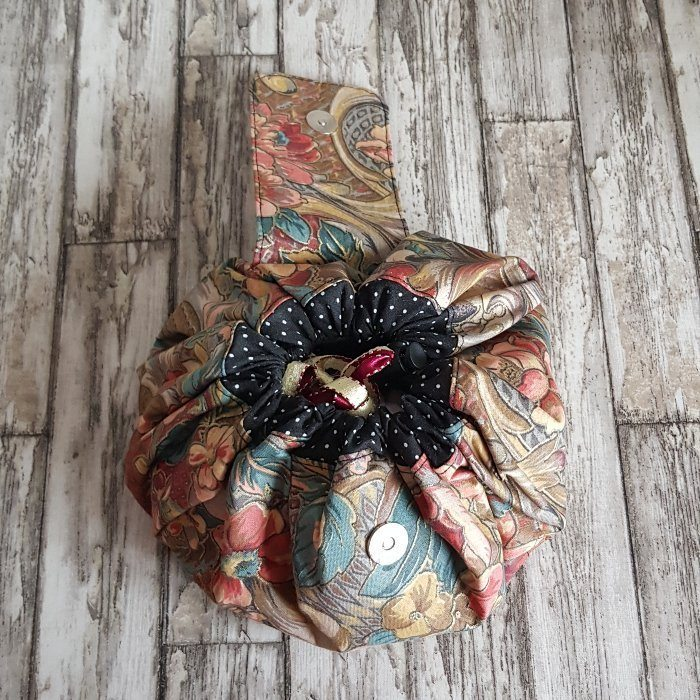 Copper Floral Flat Lay Fold Out Round Cotton Drawstring Bag For Cosmetics, Make Up, Toys, Craft Tools Kind Shop 7