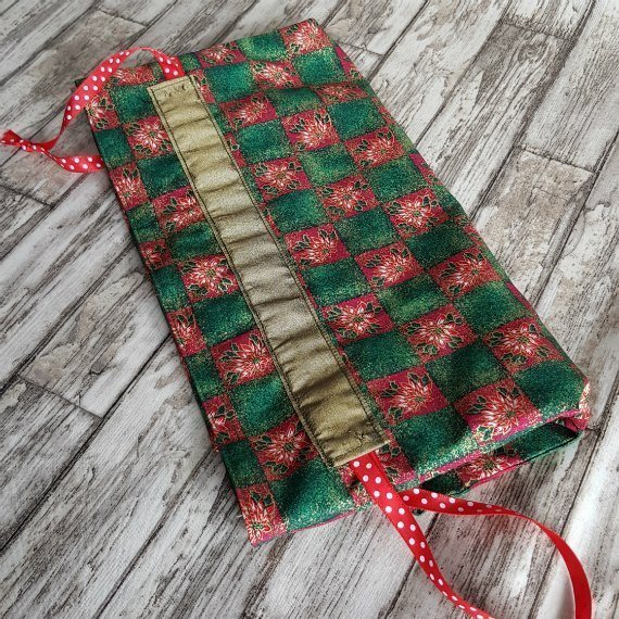 Poinsettia Print Large Eco-Friendly Fully Lined Reusable Christmas Gift Bag Kind Shop 7
