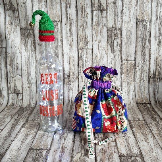 Small Christmas Themed Eco-Friendly Fully Lined Reusable Christmas Gift Bag Kind Shop