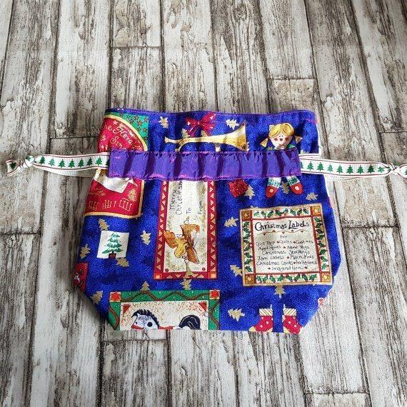 Small Christmas Themed Eco-Friendly Fully Lined Reusable Christmas Gift Bag Kind Shop 2