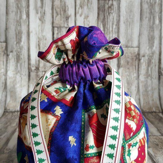 Small Christmas Themed Eco-Friendly Fully Lined Reusable Christmas Gift Bag Kind Shop 3