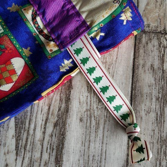 Small Christmas Themed Eco-Friendly Fully Lined Reusable Christmas Gift Bag Kind Shop 5