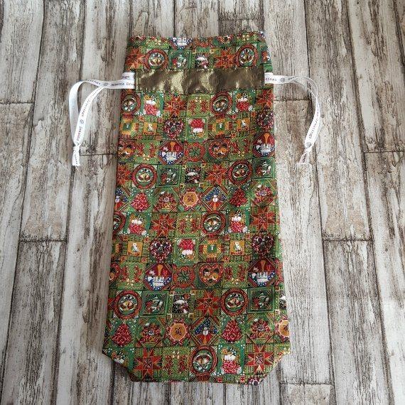 Traditional Christmas Print Eco-Friendly Fully Lined Reusable Christmas Gift Bag Kind Shop 4