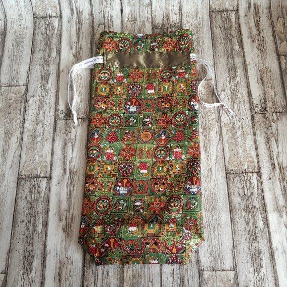 Traditional Christmas Print Eco-Friendly Fully Lined Reusable Christmas Gift Bag Kind Shop 5