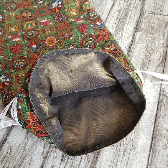 Traditional Christmas Print Eco-Friendly Fully Lined Reusable Christmas Gift Bag Kind Shop 8