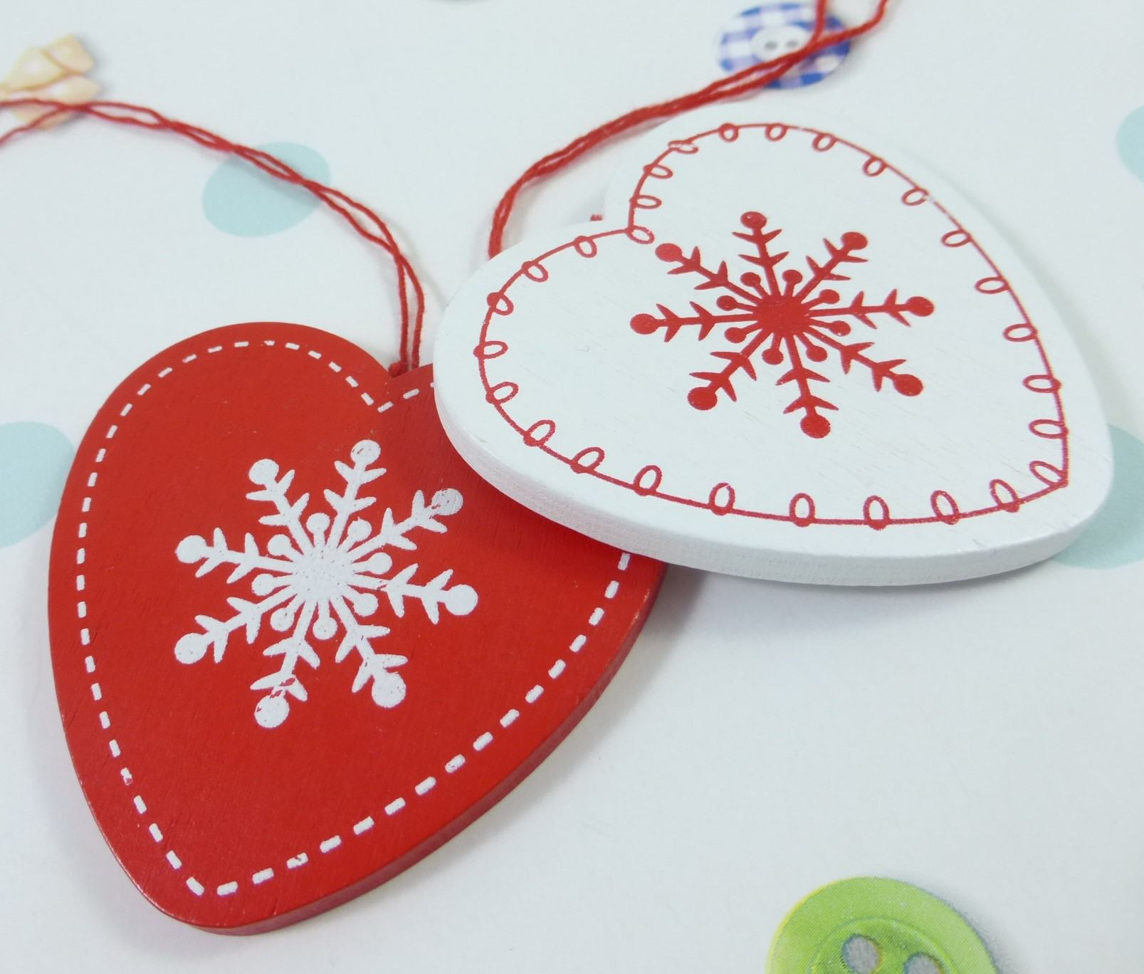 Christmas Hearts, Letterbox Friendly, Pick Me Up Gift – The Smile Parcel Mini Kind Shop 4