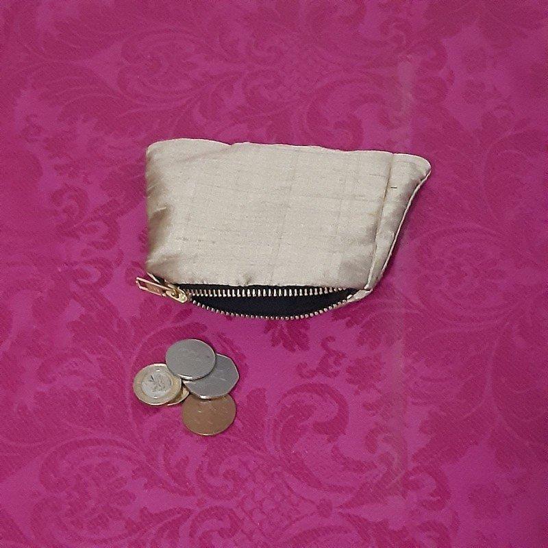 Gold silk purse Kind Shop 2
