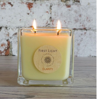 Vegan Soy Candle with Patchouli and Bergamot Essential Oils. Double Wick. 29cl Kind Shop