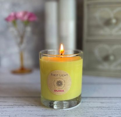 Soy Wax Candle with Geranium & Sweet Orange Essential Oils. Kind Shop 3