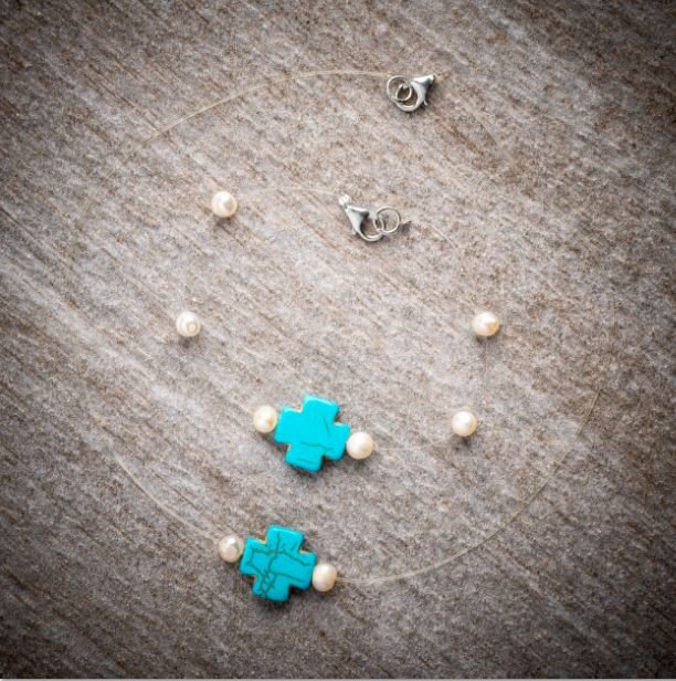 Make yourself a necklace and matching bracelet