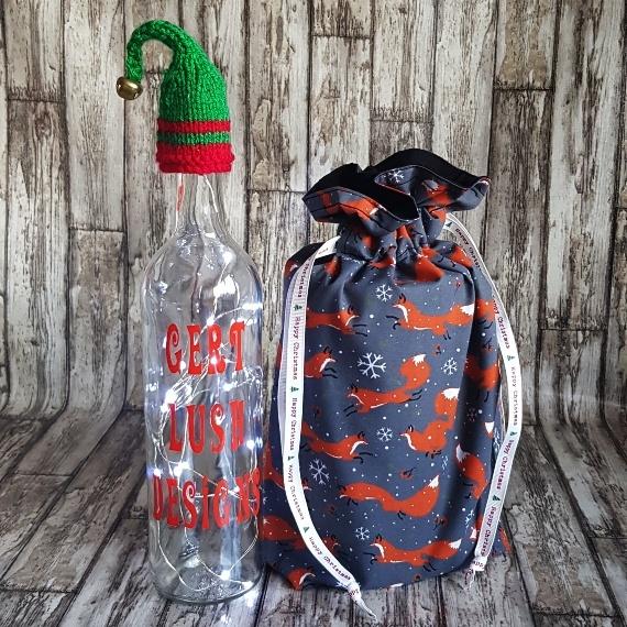 Eco-Friendly Fully Lined Reusable Christmas Gift Bag Storage Bag | Christmas Foxes Kind Shop 3