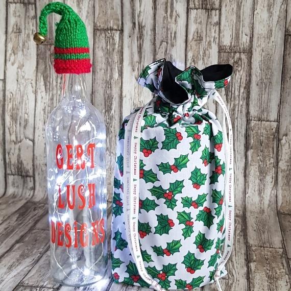 Eco-Friendly Fully Lined Reusable Christmas Gift Bag Storage Bag   Holly Print Kind Shop 3