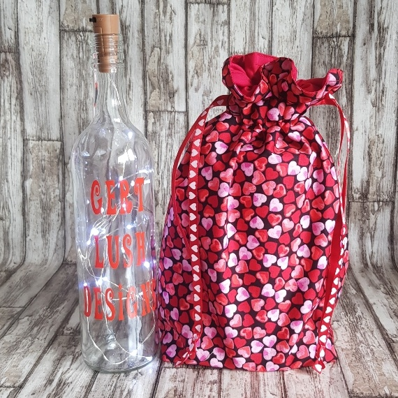 Eco Friendly Reusable Drawstring Gift Bag / Storage Bag   Red And Pink Hearts Kind Shop 3