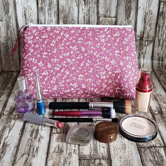 Recycled Fabric Make Up Bag, Open Wide Flat Bottom | Ditsy Pink Flowers Kind Shop 5