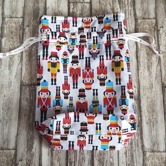 Eco-Friendly Fully Lined Reusable Christmas Gift Bag Storage Bag   Nutcracker Soldier Print Kind Shop 5