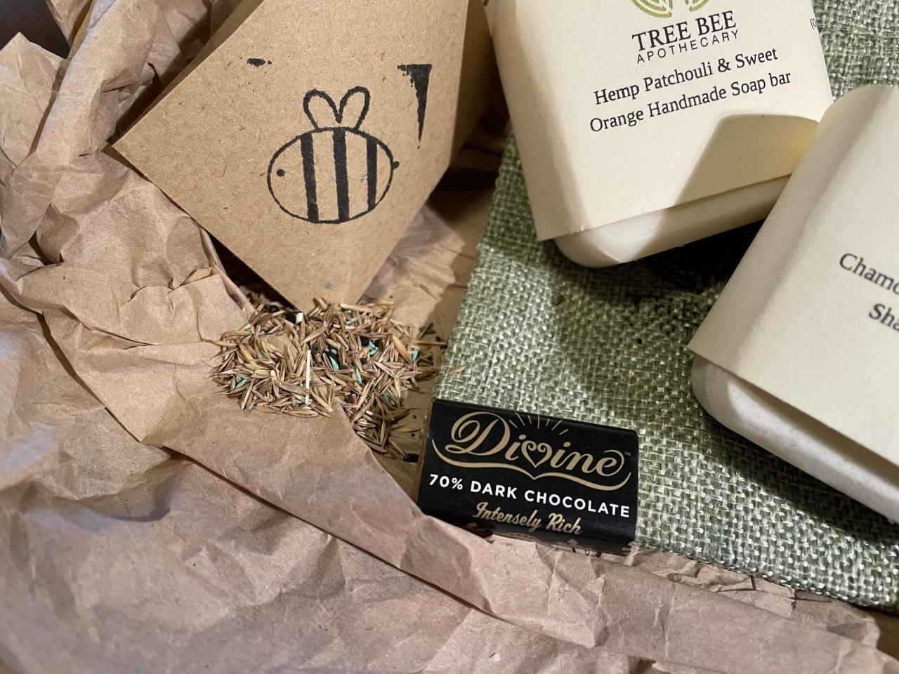 Carbon Footprint Friend letter box kit – lighten your carbon footprint Kind Shop 3